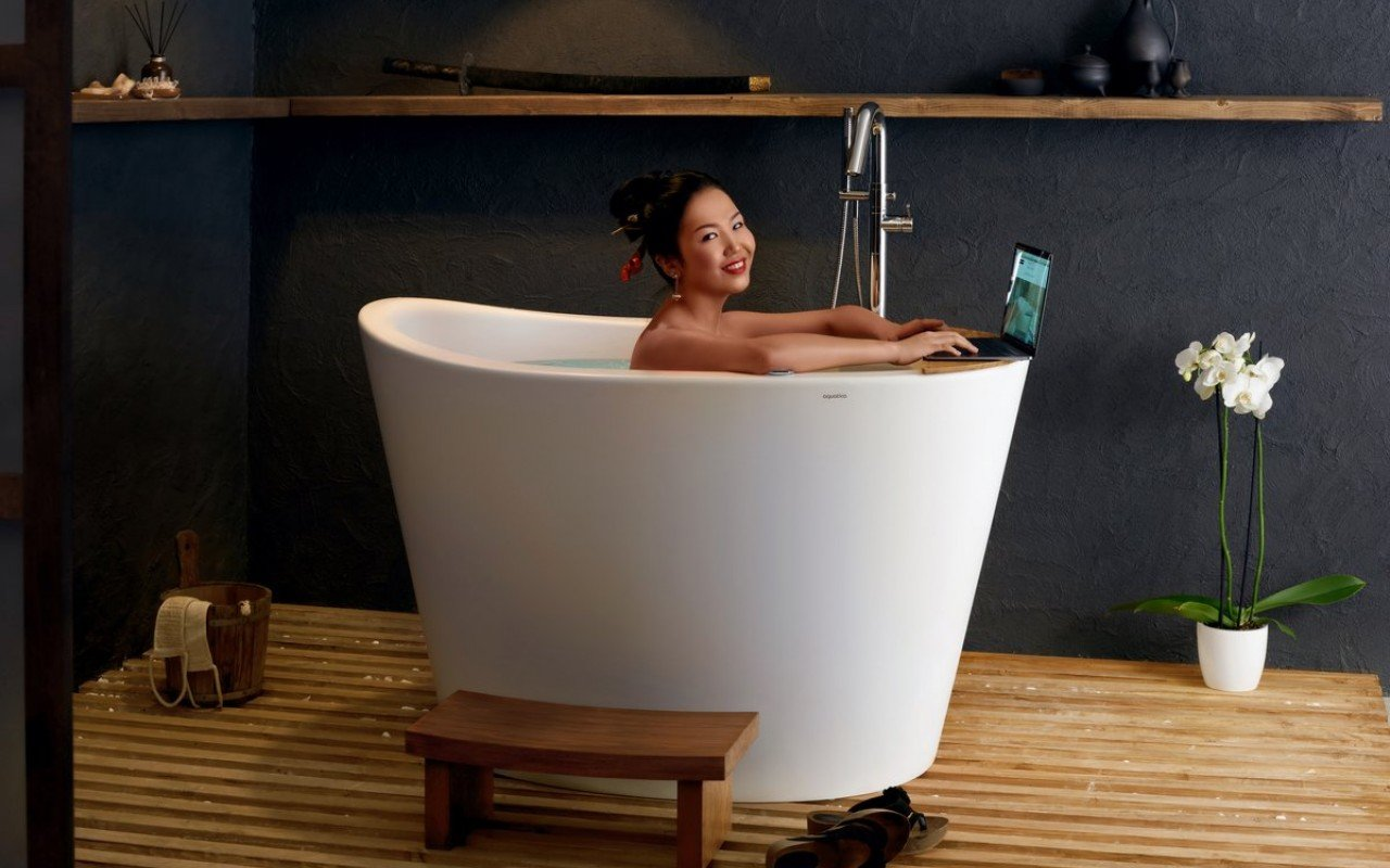 Aquatica True Ofuro Tranquility Heated Japanese Bathtub picture № 0