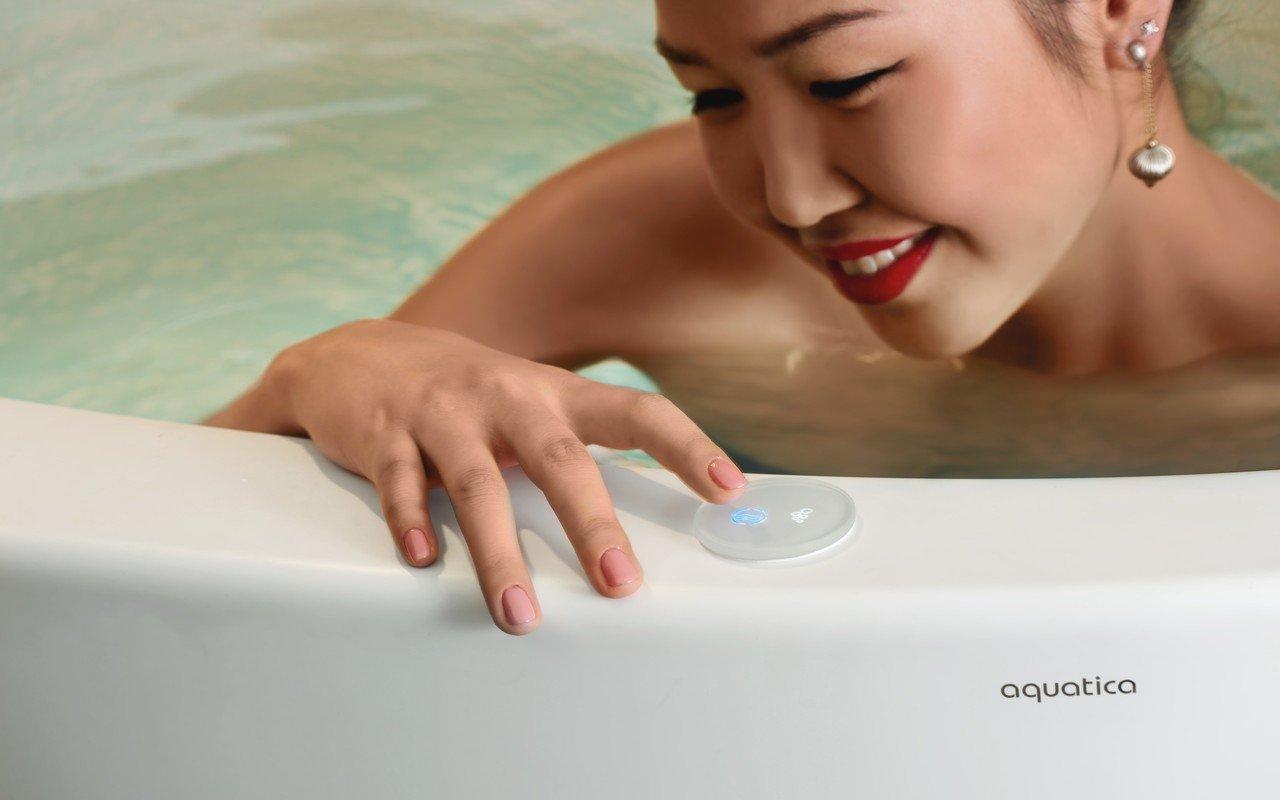 Aquatica true ofuro mini tranquility heating freestanding stone japanese bathtub international 06 (web)