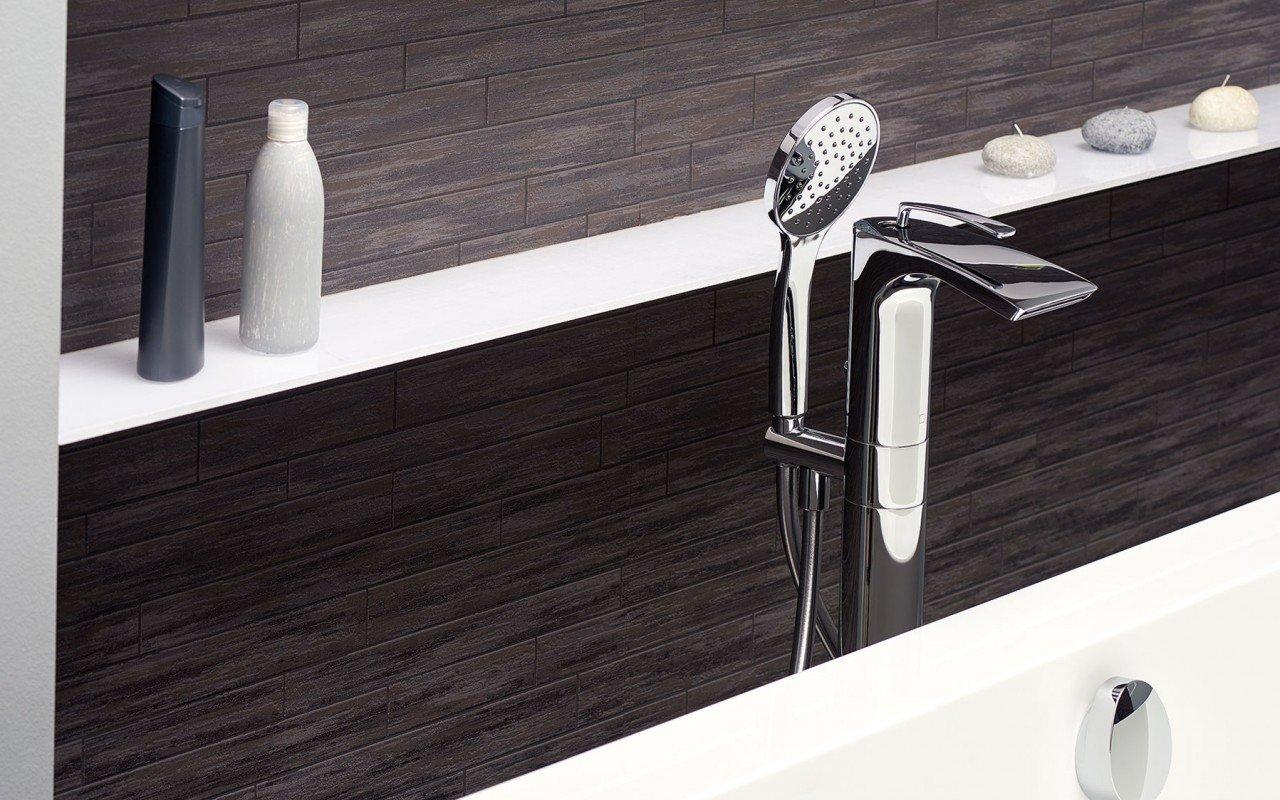 Continental Wht Freestanding Solid Surface Bathtub by Aquatica web (9)