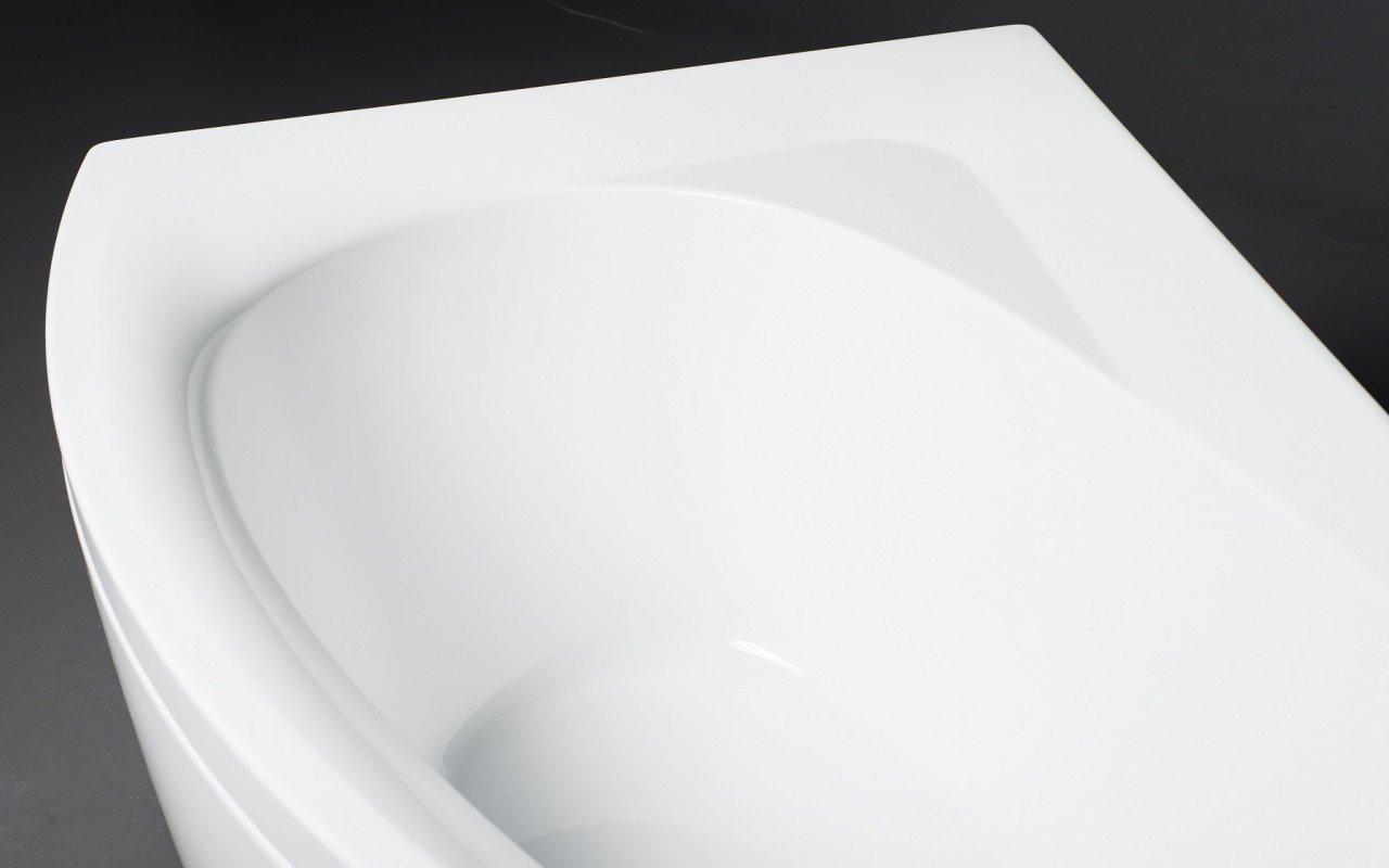 Idea R Wht Corner Acrylic Bathtub 3