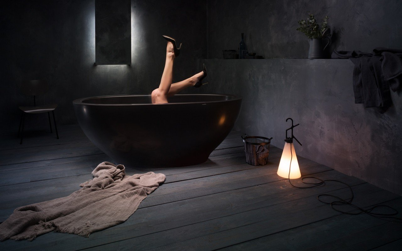 Karolina Black Stone Bathtub web (10)