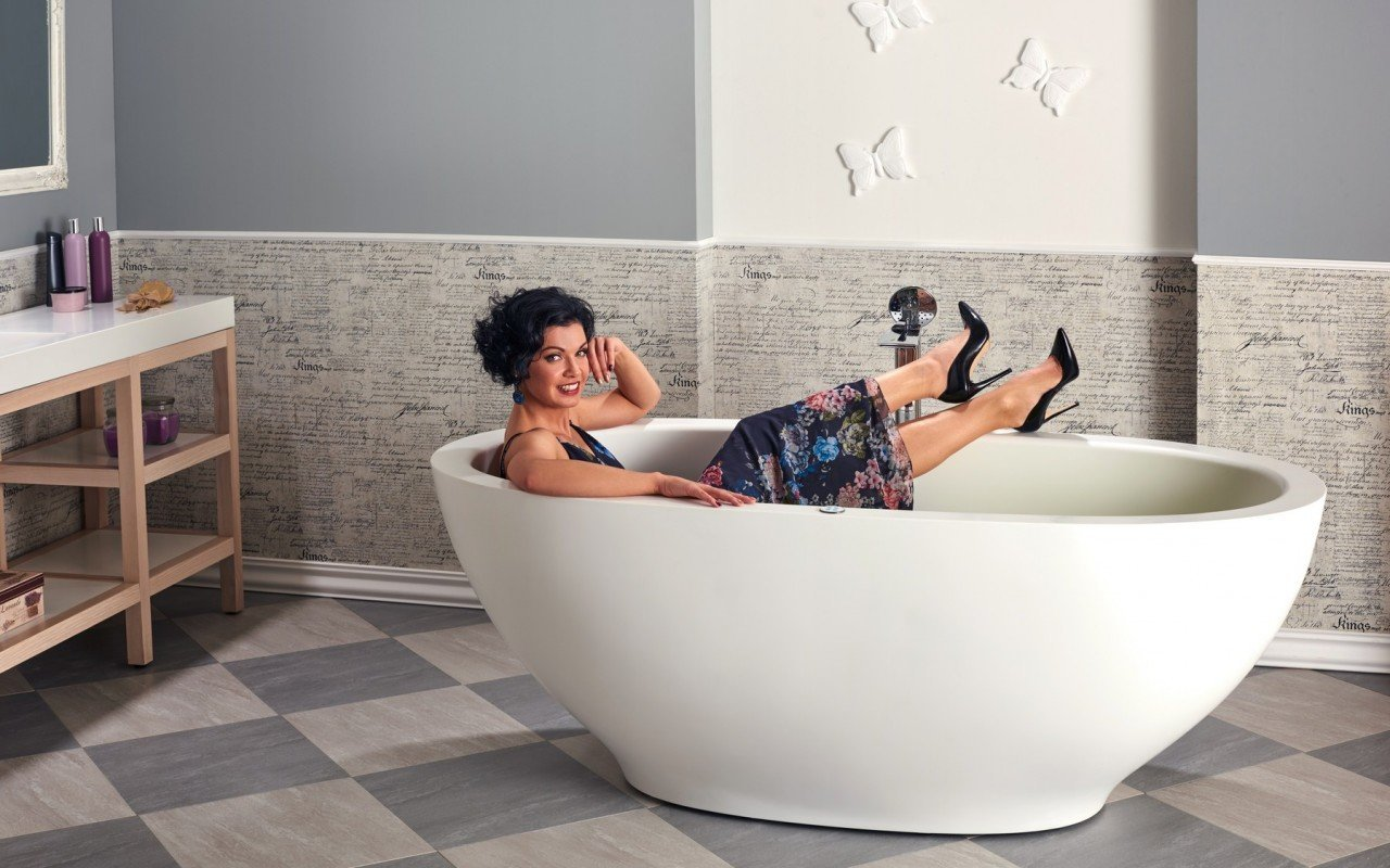 Karolina Relax Solid Surface Air Massage Bathtub Fine Matte by Aquatica web (3)