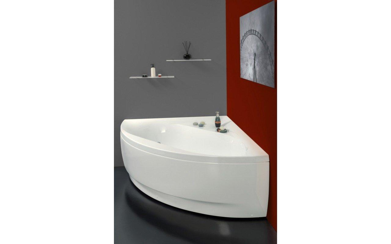 Olivia Wht Corner Acrylic Bathtub web (3)