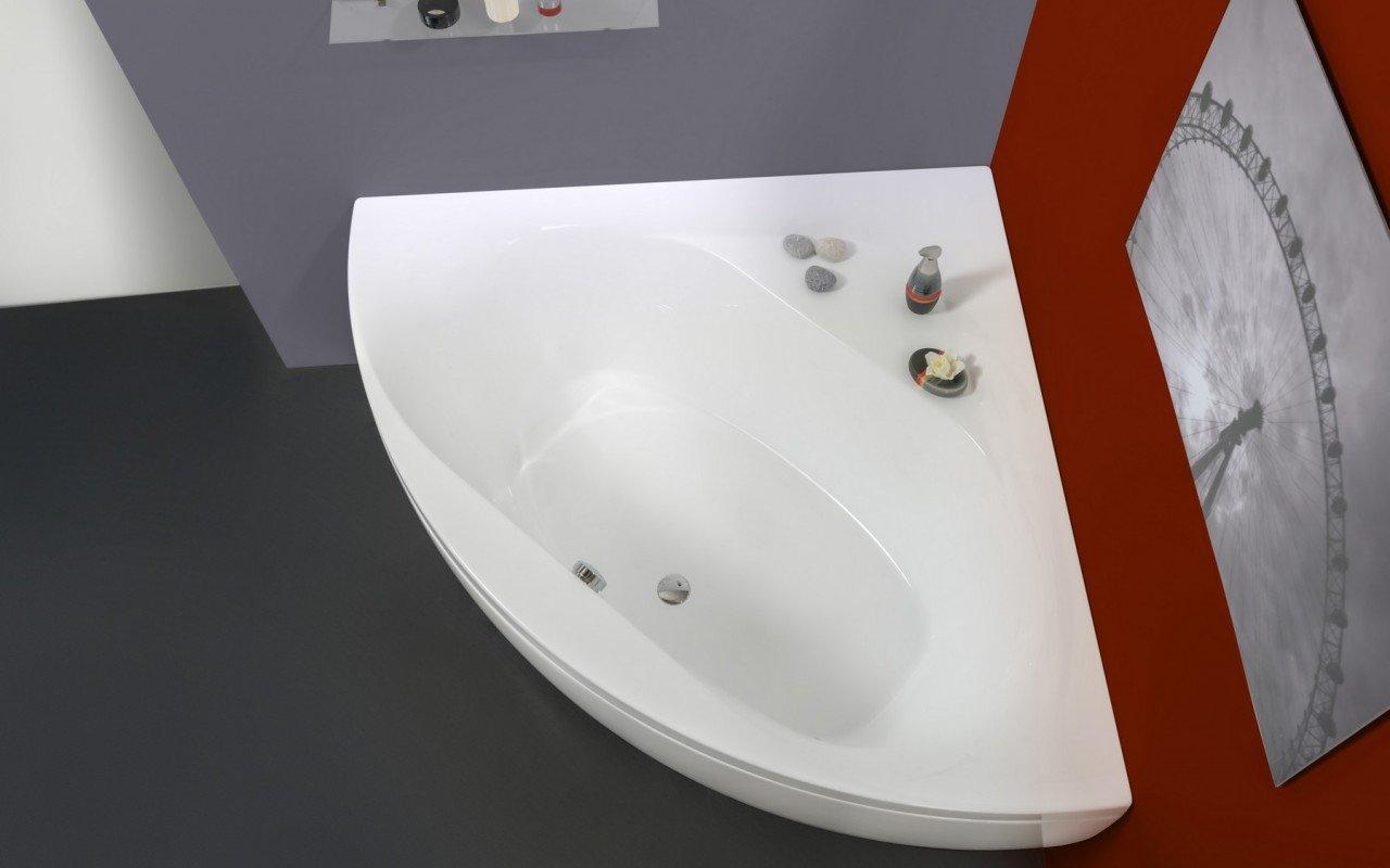 Olivia Wht Corner Acrylic Bathtub web (6)