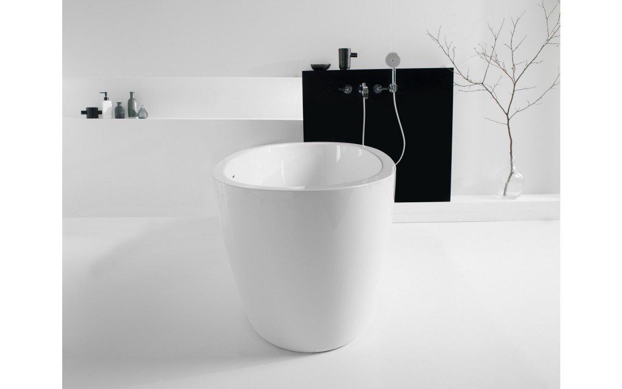 PureScape 174A Wht Freestanding Acrylic Bathtub web (10)