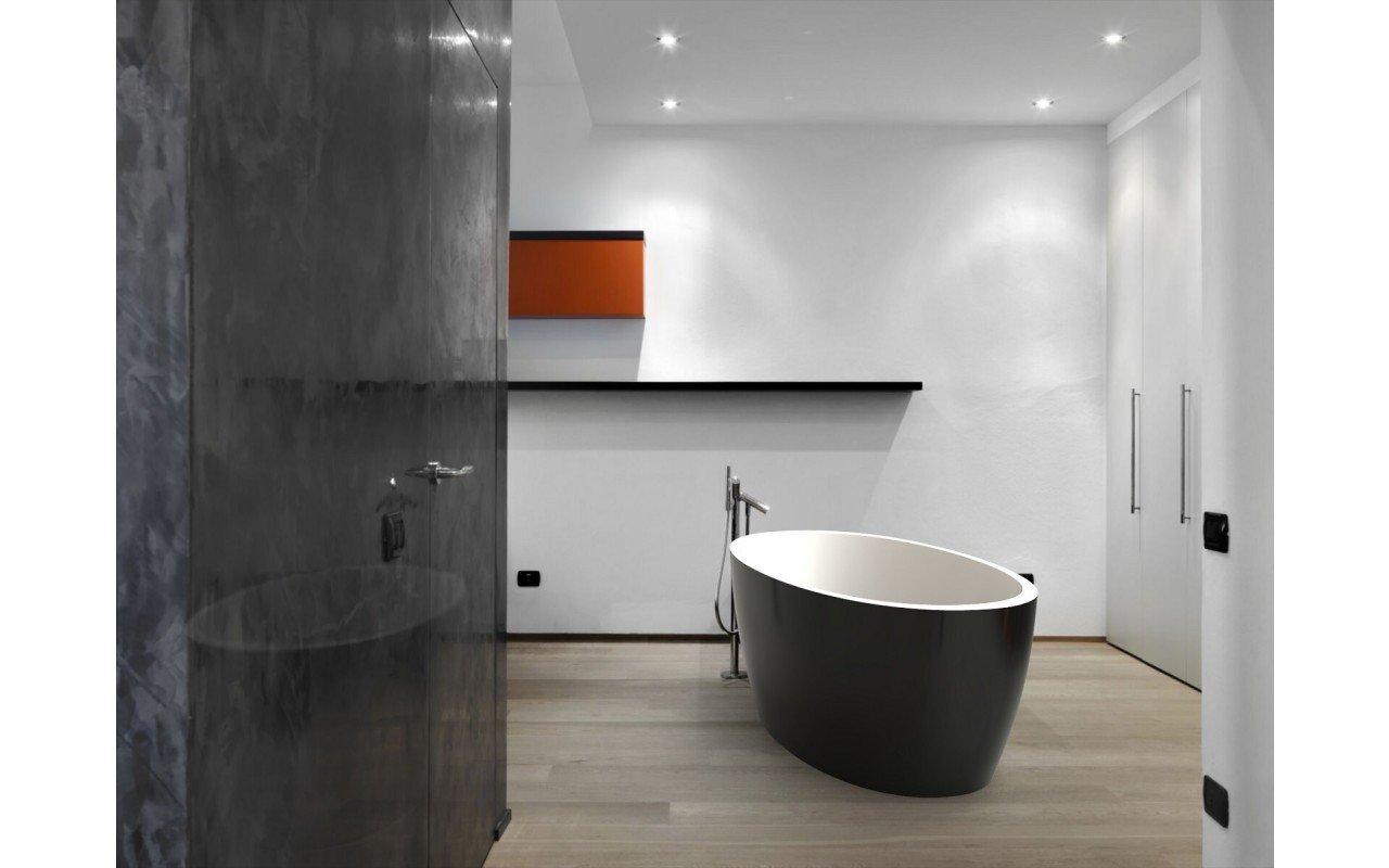 Sensuality Black Stone Bathtub (2) web