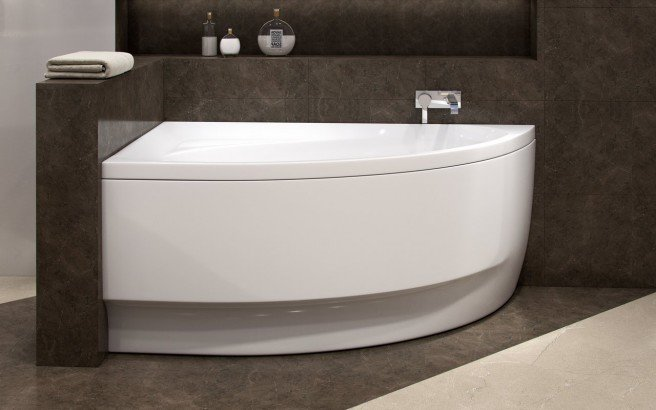 Aquatica Idea R Wht Corner Acrylic Bathtub 01 (web)