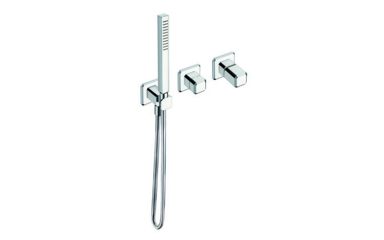 Loren 610 Shower Control with 3 Outlets (web)