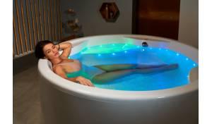 freestanding acrylic bathtub acrylic freestanding tub aquatica bath uk. Black Bedroom Furniture Sets. Home Design Ideas