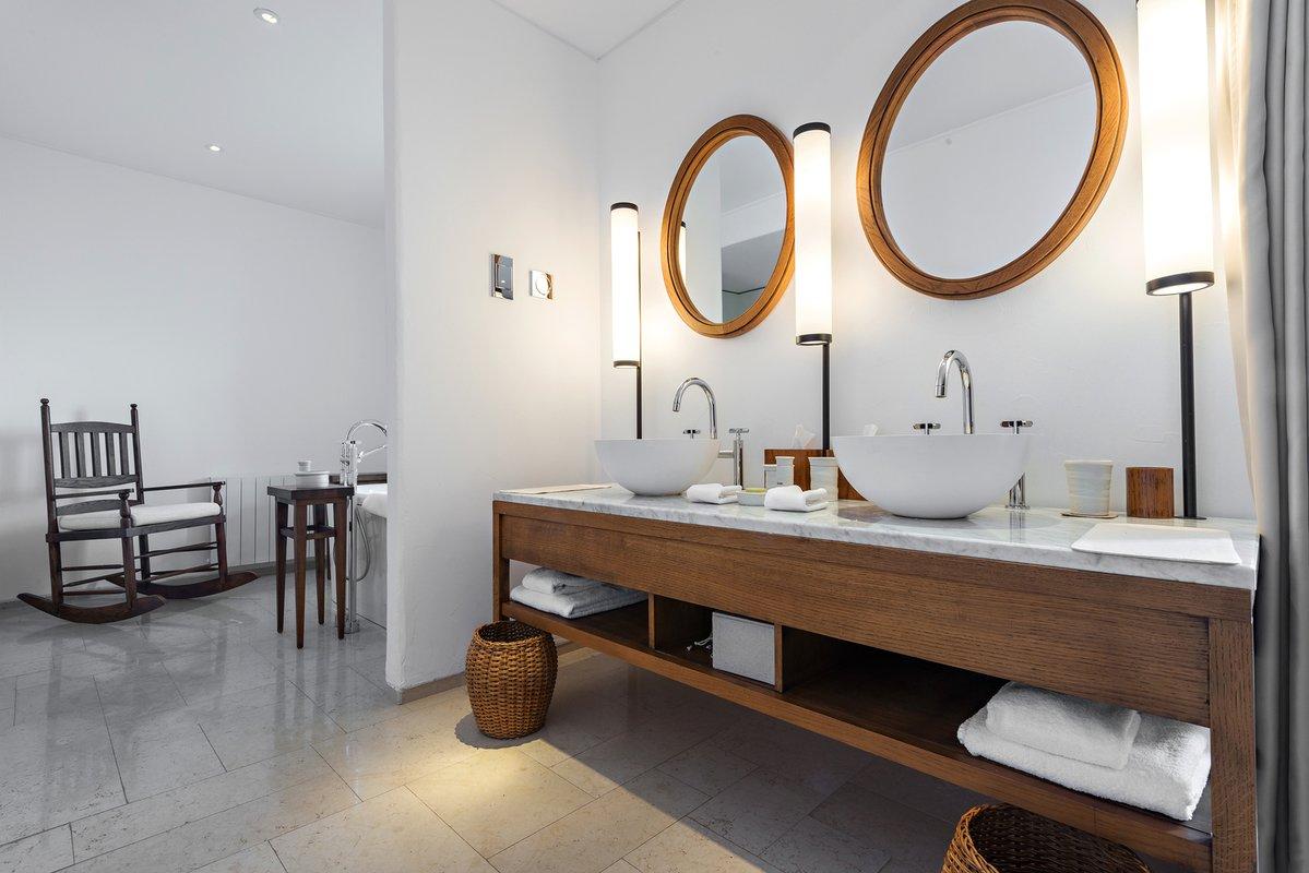 bigstock Modern Bathroom Interior 96792689