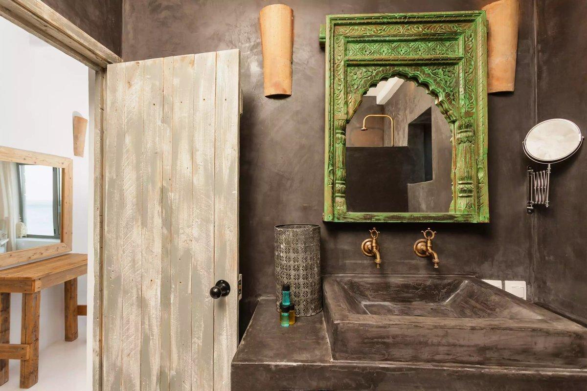 small bathroom plumbing